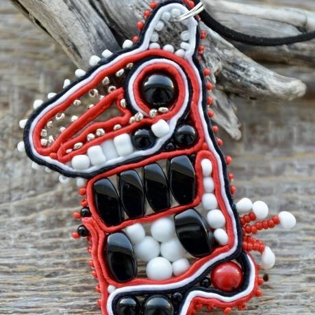 Oonüks * Punane korall * Alabaster * Klaasist seemnehelmed