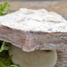 Roosa opaal toorkivi