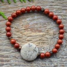 Punane jaspis * Fossiilkorall ehk kivistunud korall * Puit