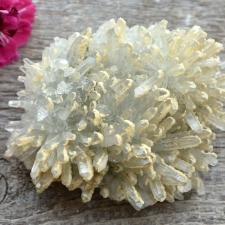 Mäekristalli kobar kaltsiidiga