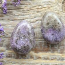 Auguga kivi / ripats - Lepidoliit