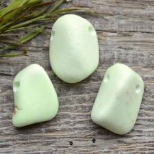 Auguga kivi / ripats - Sidrunmagnesiit (sidrun krüsopraas)