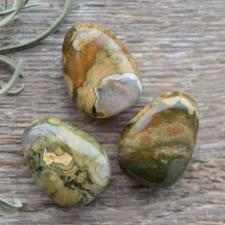 Auguga kivi / ripats - Rüoliit