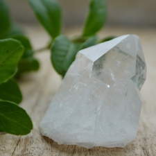 Mäekristalli tippudega kobar (55x44x34mm)