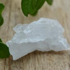 Mäekristalli tippude kobar (52x36x25mm)