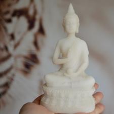 Buddha Amrita vaasiga alabastrist