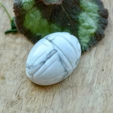Auguga kivi / Ripats - Hauliidist skarabeus