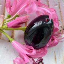 Yoni Muna - Must obsidiaan (S, M, L)