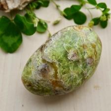 Roheline opaal (66x45x25mm)