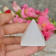 Püramiid - Seleniit (44x40mm)